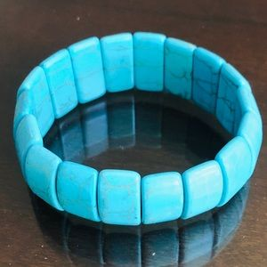 Premier Designs Turquoise Stretch Bracel